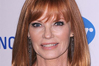 Marg-heleberger-mature-makeup-for-copper-hair-side